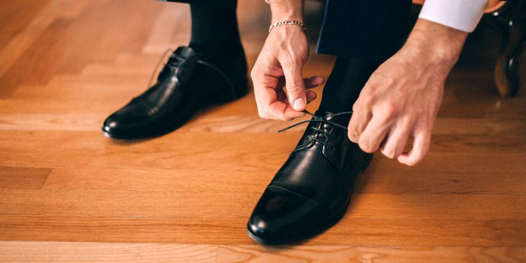 Cuáles son los colores más serios para tus zapatos imagen